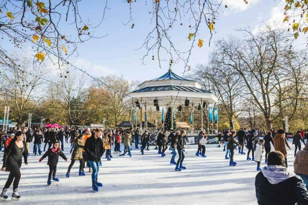 Pista di pattinaggio sul ghiaccio di Hyde Park Winter Wonderland