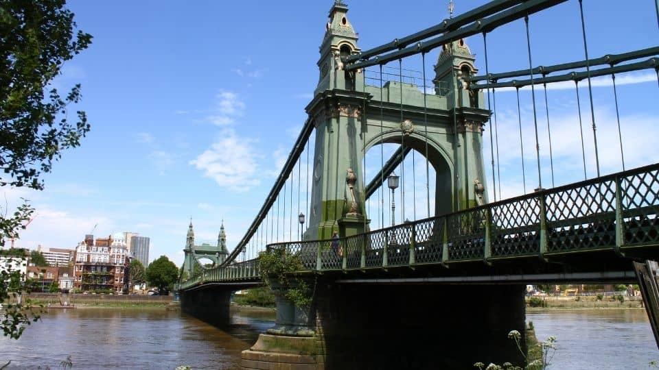 Hammersmith Bridge, ponte sul fiume di Londra